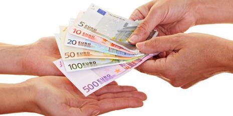 Los riesgos de pedir dinero rápido